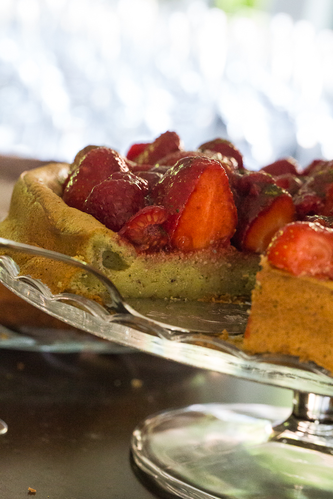 strawberry and matcha tart