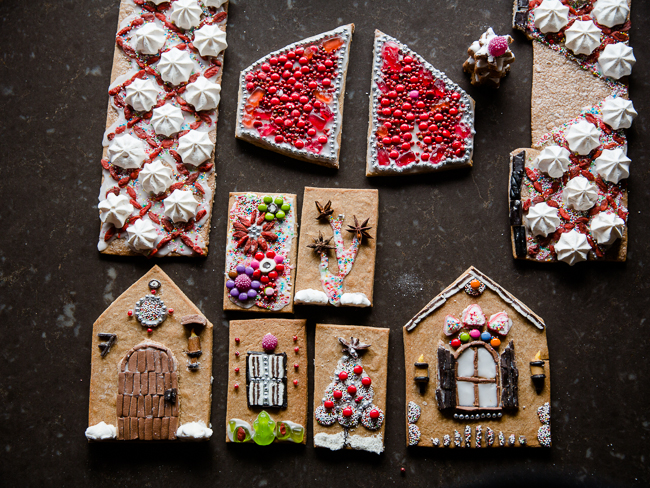 gingerbread  house: the parts